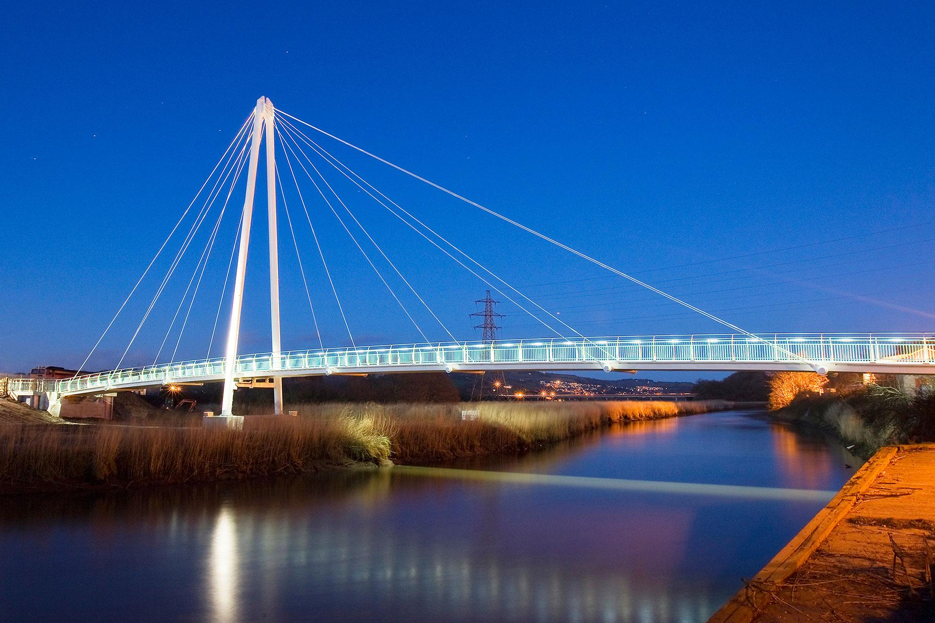 Schréder provides ecological lighting solution for Town Quay Bridge to preserve bats